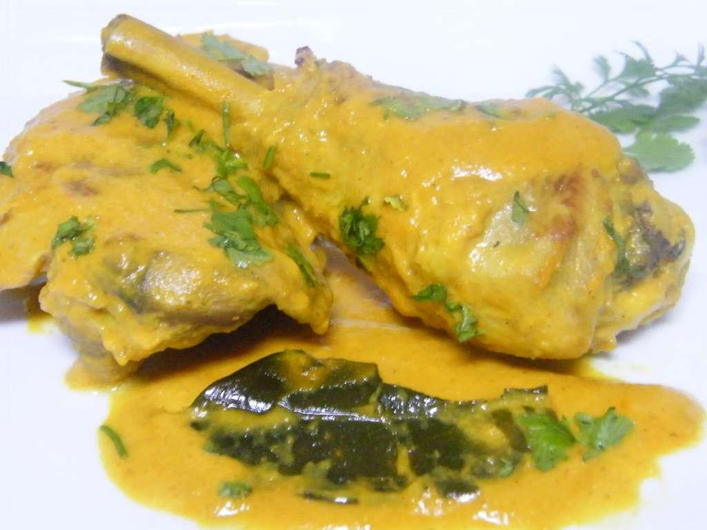 Doce recetas de curry hind y del sudeste asi tico for Como cocinar pollo al curry