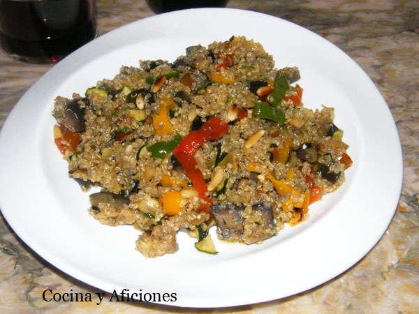 Bonito cocinar quinoa con verduras im genes como cocinar for Cocinar quinoa con pollo
